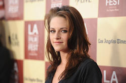 Кристен Стюарт, фото 173. Kristen Stewart arrives at 'A Better Life' World Premiere Gala Screening during the 2011 Los Angeles Film Festival at Regal Cinemas L.A. LIVE on June 21, 2011 in Los Angeles, California., photo 173