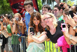 th_26512_celebrity_paradise.com_TheElder_PaulaAbdul2011_06_14_arrivestoTheXFactoraudition1_122_48lo.JPG
