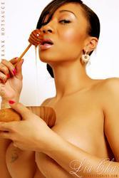 >> Lia Cha << pics + vid